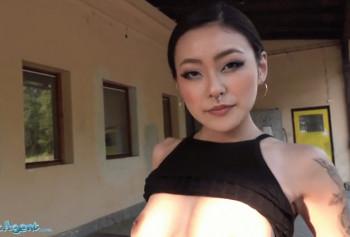 Договорился с азиаткой заняться сексом за деньги
