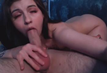 Чувственный секс с глубоким горловым минетом