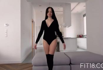 Красотка Саша Роуз на порно кастинге