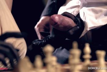 Групповуха с шахматисткой в особняке