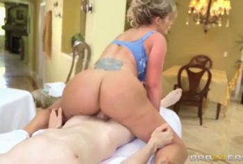 Великолепный эротический массаж от Евы Нотти