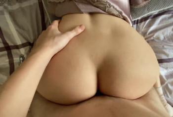 Девушка пробует анальный секс со своим парнем
